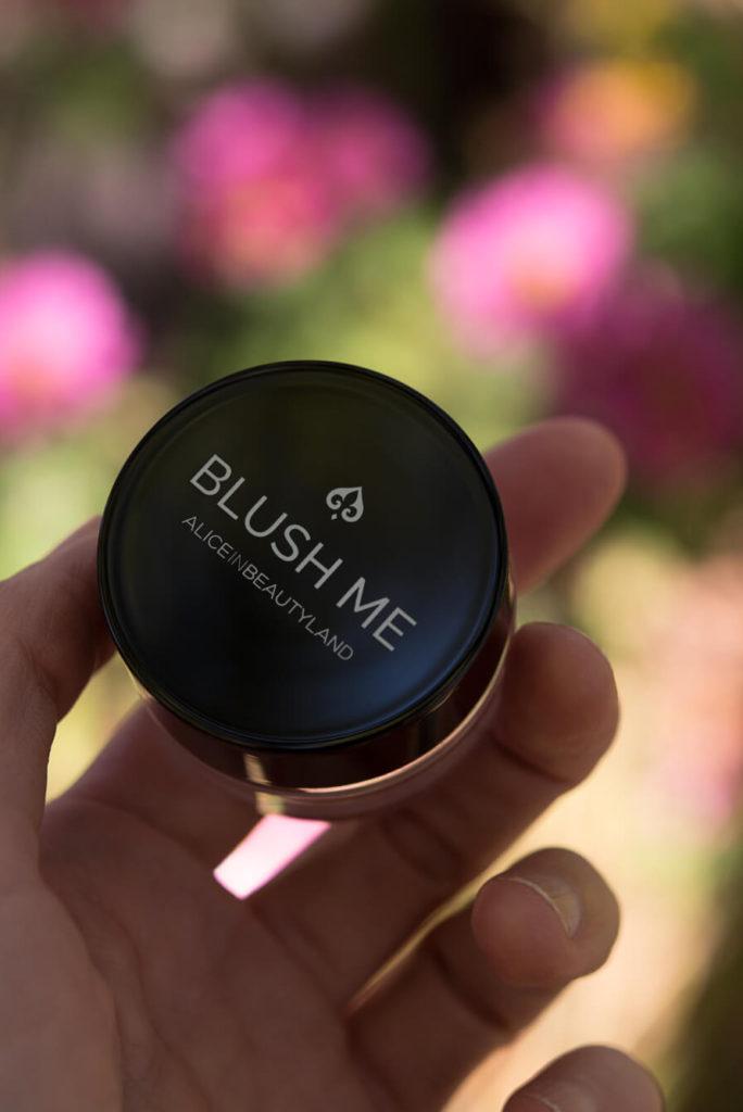 Primaveroterapia Alice Primaverizate con Alice - Blush me con flores
