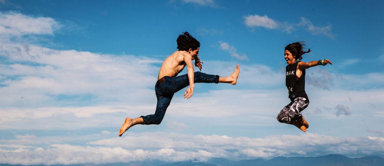La belleza del Baile y el Movimiento-Alice in Beautyland Blog-Jumping