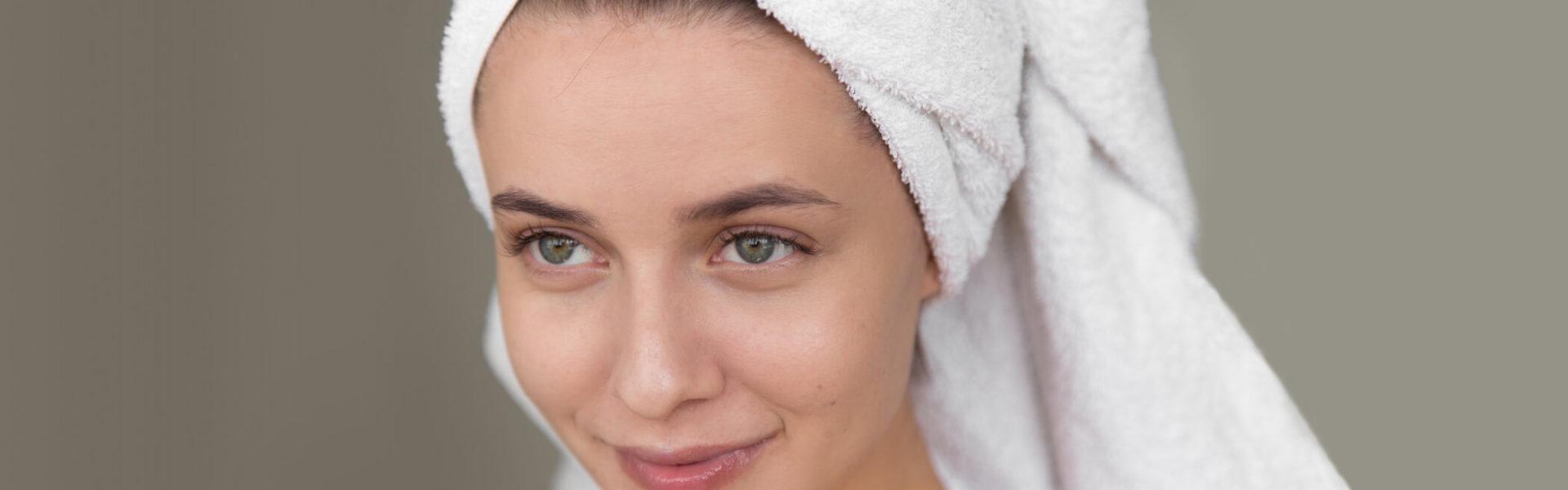 Limpieza Facial y Automasaje - Cleanse Me - Alice in Beautyland Blog Limpieza del Rostro Feliz