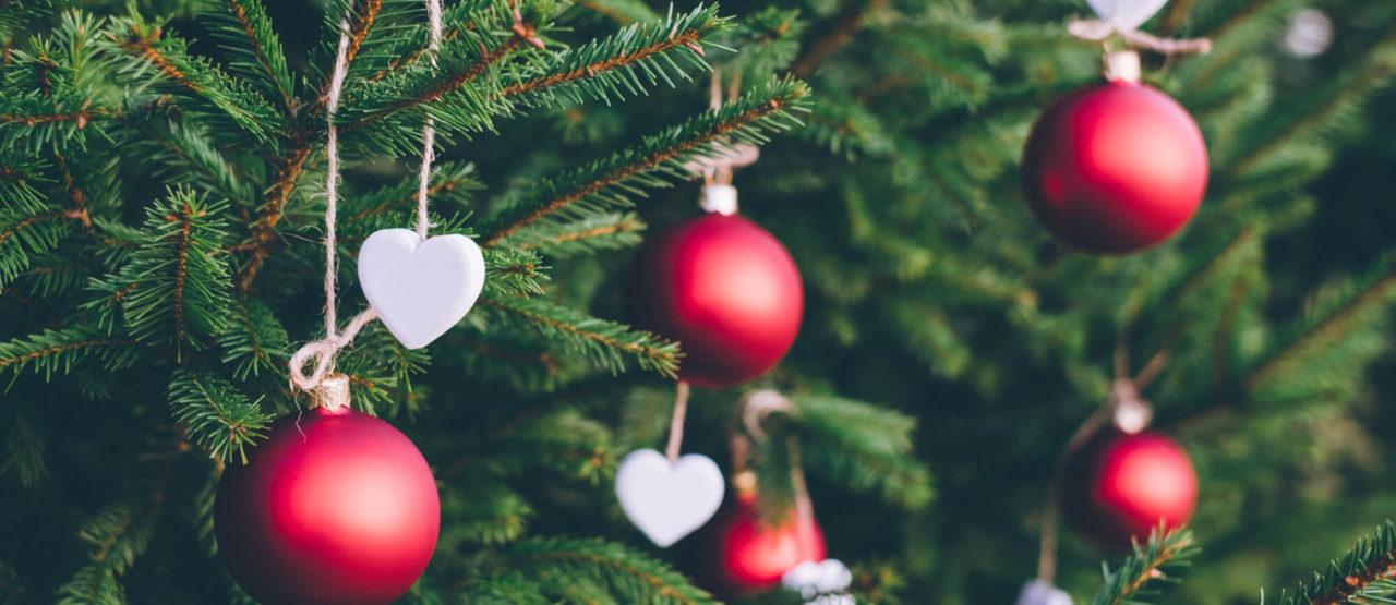 Navidad-Dejad-que-triunfe-el-amor-Alice-in-beautyland-Arbol