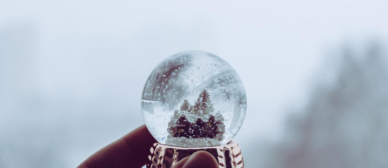 Navidad-Dejad-que-triunfe-el-amor-Alice-in-beautyland-Esfera