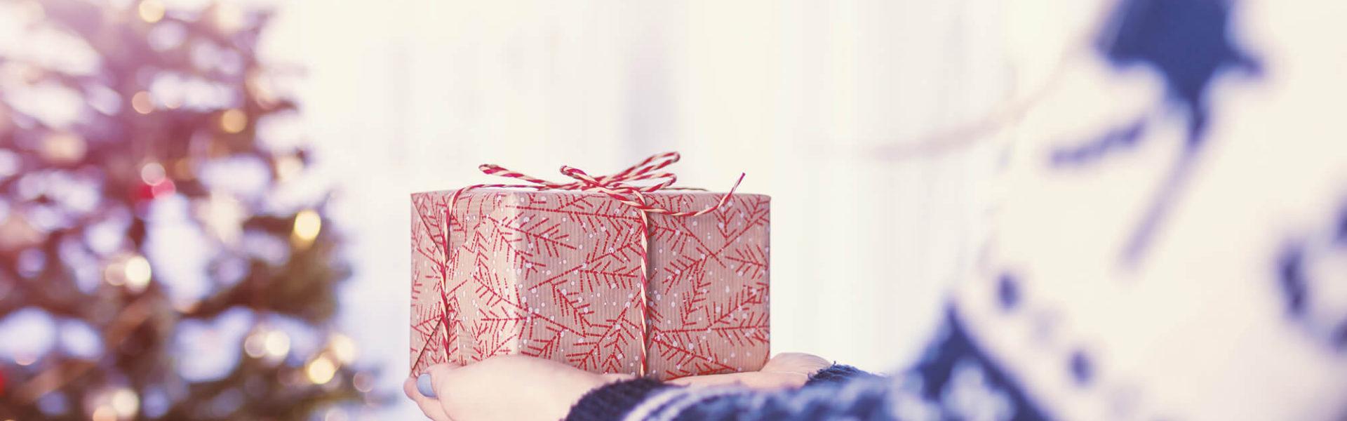 Navidad-Dejad-que-triunfe-el-amor-Alice-in-beautyland-Gift