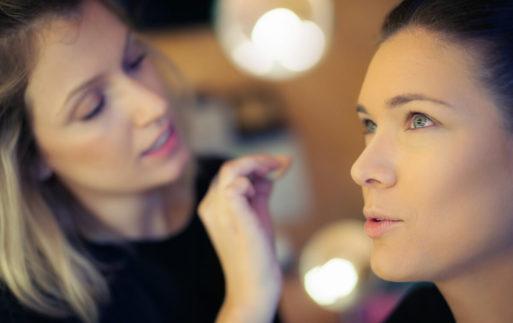 Trucos de maquillaje: productos de doble uso