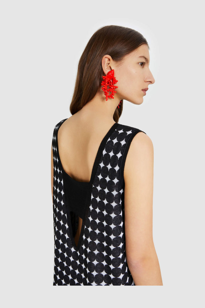 Las tendencias de moda para esta primavera-ALICE IN BEAUTYLAND-Pendientes ByL Concha de resina rojos