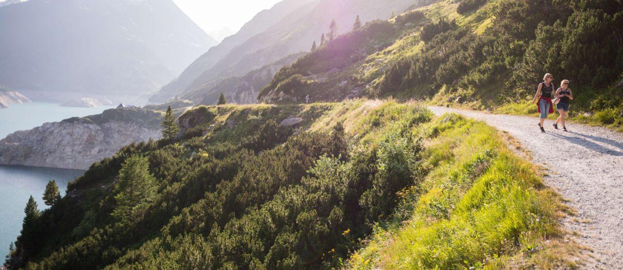 Caminar es un placer y es hacer ejercicio-Alice in Beautyland Blog-paseo