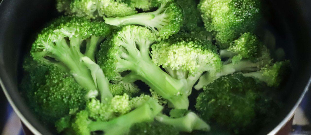 Pon color a tu dieta y ganaras en salud Alice in Beautyland Blog Brocoli verde