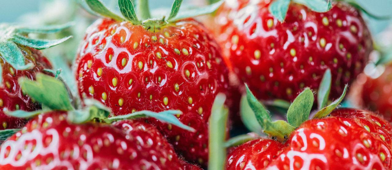 Pon color a tu dieta y ganaras en salud Alice in Beautyland Blog Fresas